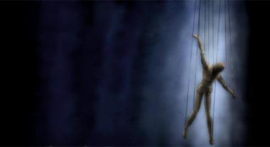 04_marionette_jpg_627x1000_q85