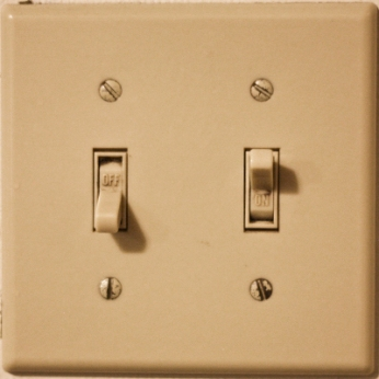 light-switch_logical_constraint_example